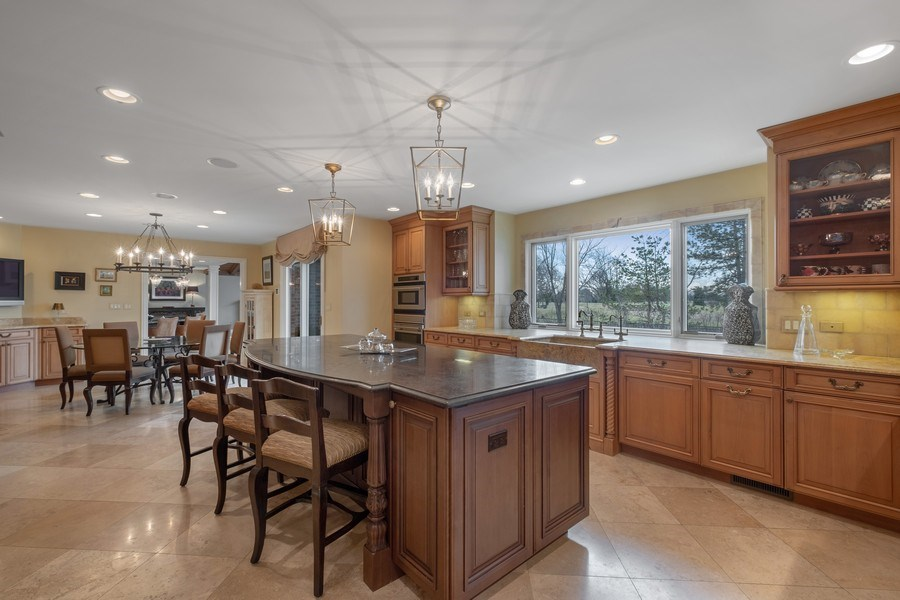 Real Estate Photography - 3605 Pebble Beach, Northbrook, IL, 60062 - Kitchen