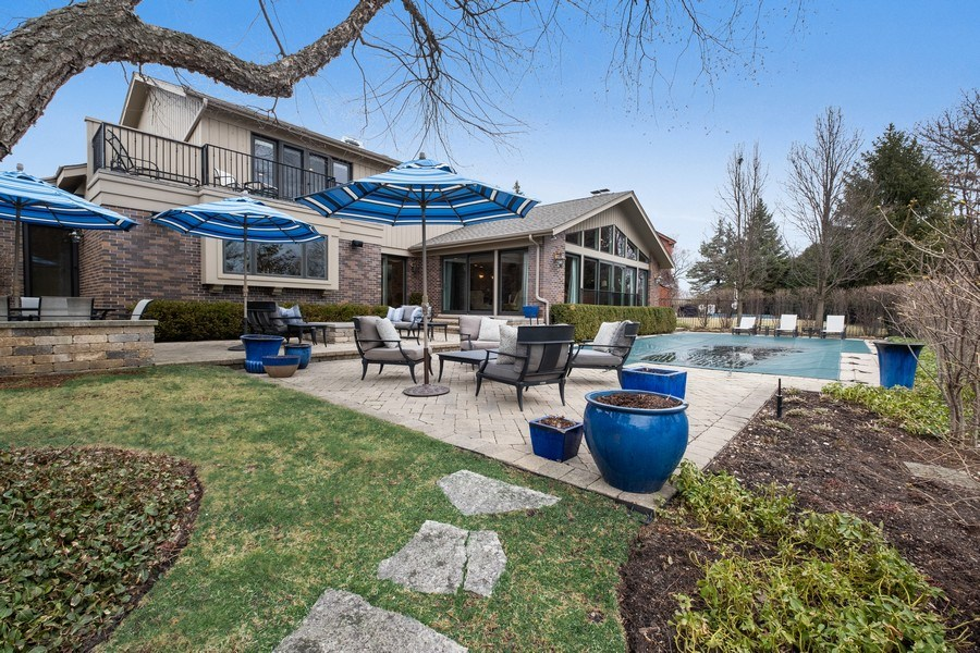 Real Estate Photography - 3605 Pebble Beach, Northbrook, IL, 60062 - Back Yard