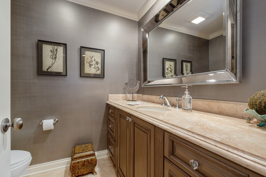 Real Estate Photography - 3605 Pebble Beach, Northbrook, IL, 60062 - Rear Powder Room