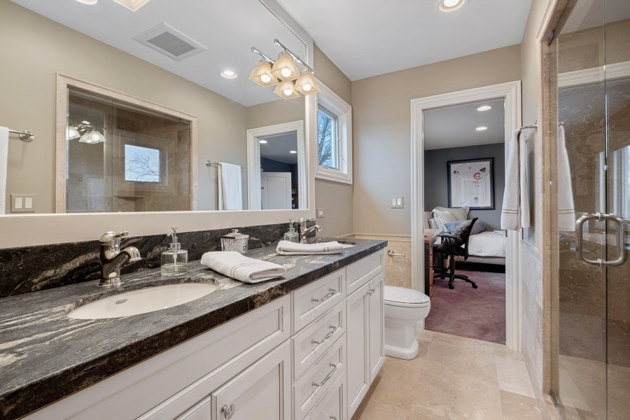Real Estate Photography - 3605 Pebble Beach, Northbrook, IL, 60062 - 3rd Bathroom - Jack and Jill