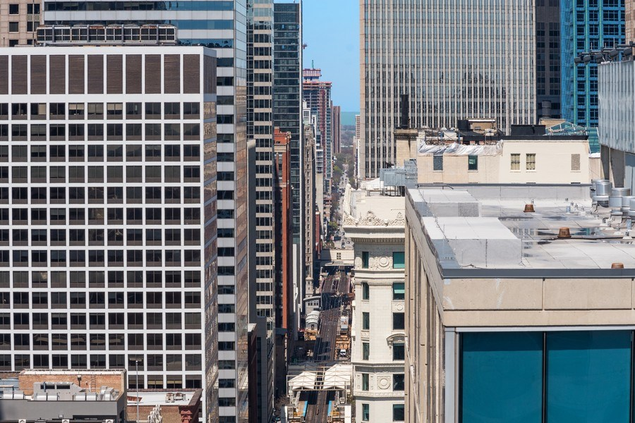 Real Estate Photography - 701 S Wells St, Chicago, IL, 60607 - City View