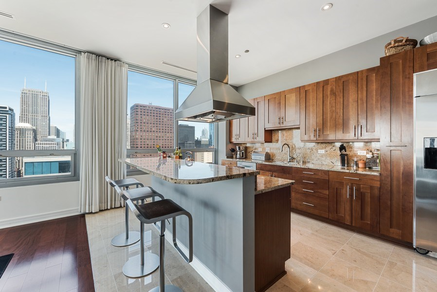 Real Estate Photography - 701 S Wells St, Chicago, IL, 60607 - Kitchen