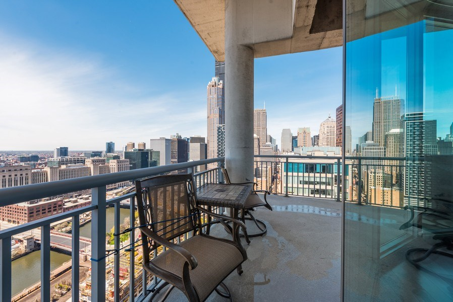 Real Estate Photography - 701 S Wells St, Chicago, IL, 60607 - Balcony