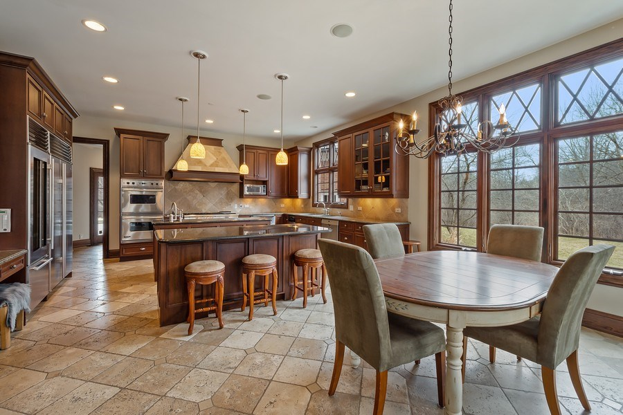 Real Estate Photography - 61 Brinker Rd, Barrington Hills, IL, 60010 - Kitchen / Breakfast Room
