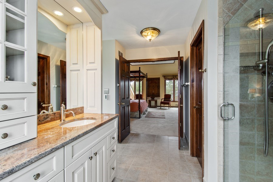 Real Estate Photography - 20627 N Meadow Ln, Deer Park, IL, 60010 - Master Bathroom