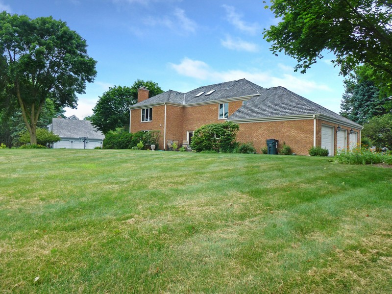 Real Estate Photography - 20627 N Meadow Ln, Deer Park, IL, 60010 -
