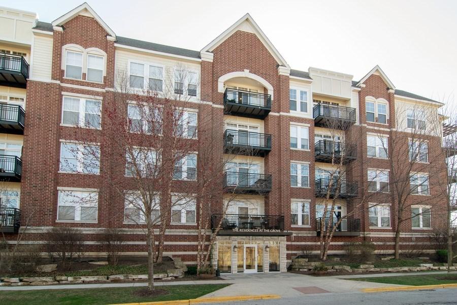 Real Estate Photography - 7753 W Van Buren, Unit 210, Forest Park, IL, 60130 - Front View