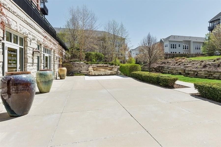 Real Estate Photography - 7753 W Van Buren, Unit 210, Forest Park, IL, 60130 -
