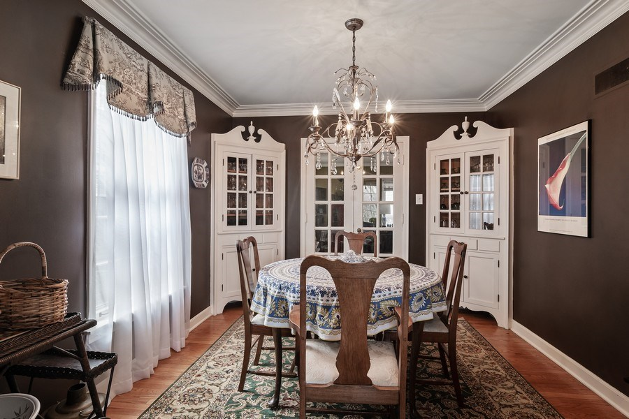 Real Estate Photography - 316 Nuttall Rd, Riverside, IL, 60546 - Dining Room
