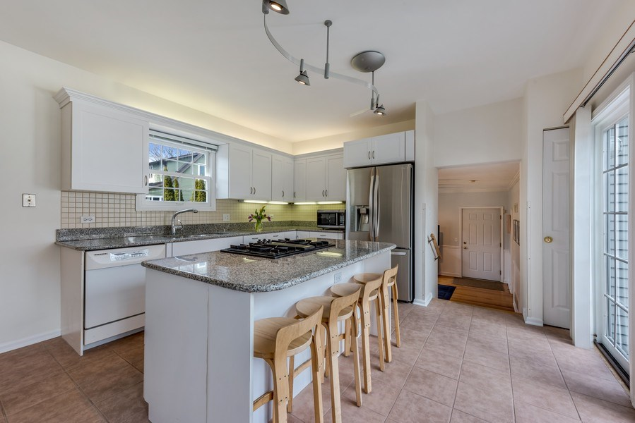 Real Estate Photography - 2029 Colfax, Evanston, IL, 60201 - Kitchen