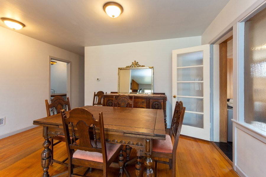 Real Estate Photography - 818 S Knight Ave, Park Ridge, IL, 60068 - Dining Room