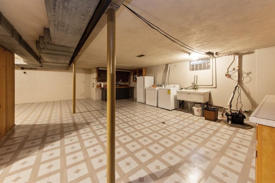 Real Estate Photography - 818 S Knight Ave, Park Ridge, IL, 60068 - Basement