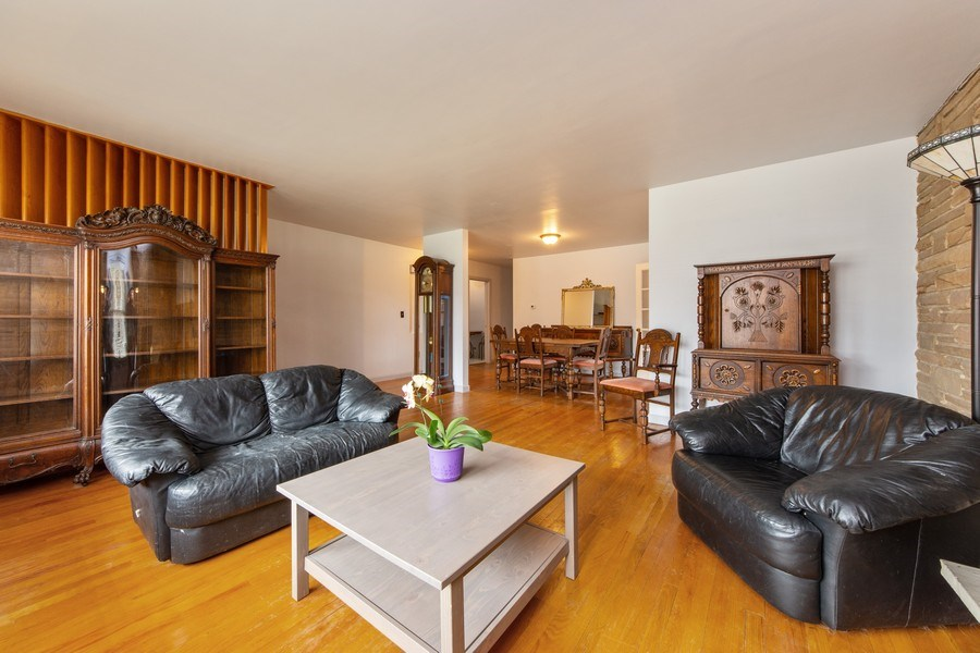 Real Estate Photography - 818 S Knight Ave, Park Ridge, IL, 60068 - Living Room / Dining Room
