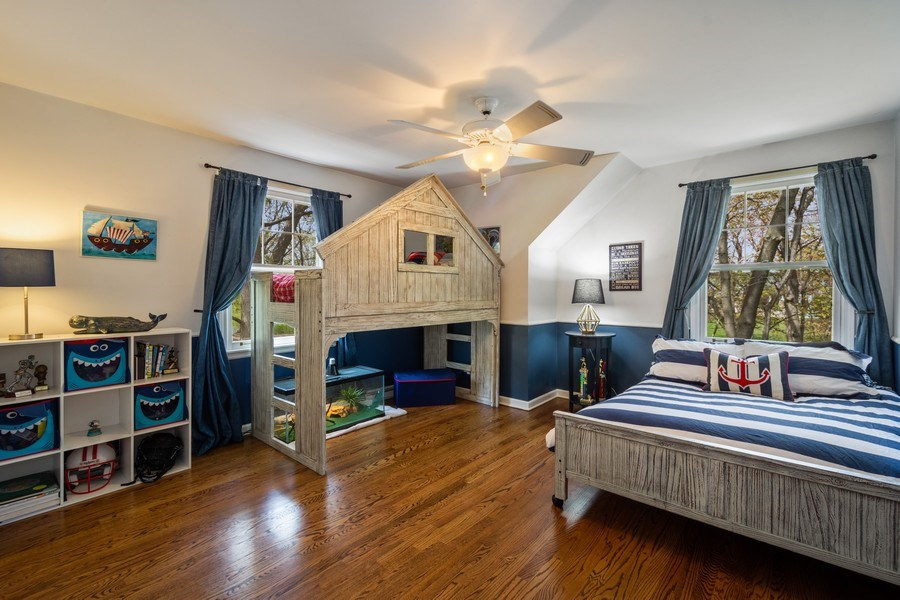 Real Estate Photography - 1 Bellwood Dr, Barrington Hills, IL, 60010 - 2nd Bedroom