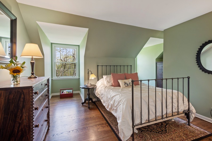 Real Estate Photography - 1 Bellwood Dr, Barrington Hills, IL, 60010 - 4th Bedroom