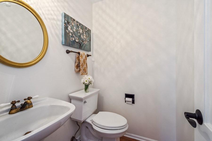 Real Estate Photography - 1 Bellwood Dr, Barrington Hills, IL, 60010 - Powder Room