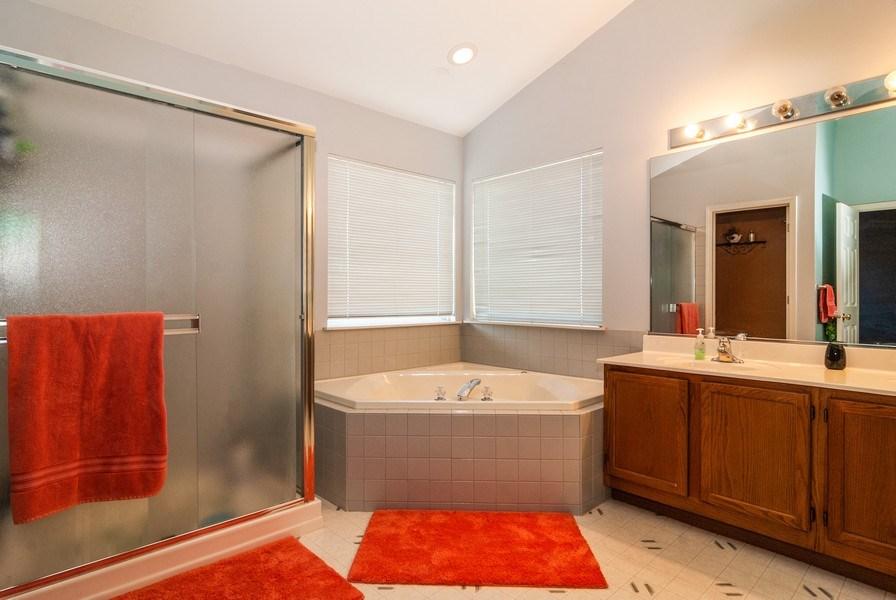 Real Estate Photography - 1454 Ashwood Dr, Elgin, IL, 60123 - Master Bathroom
