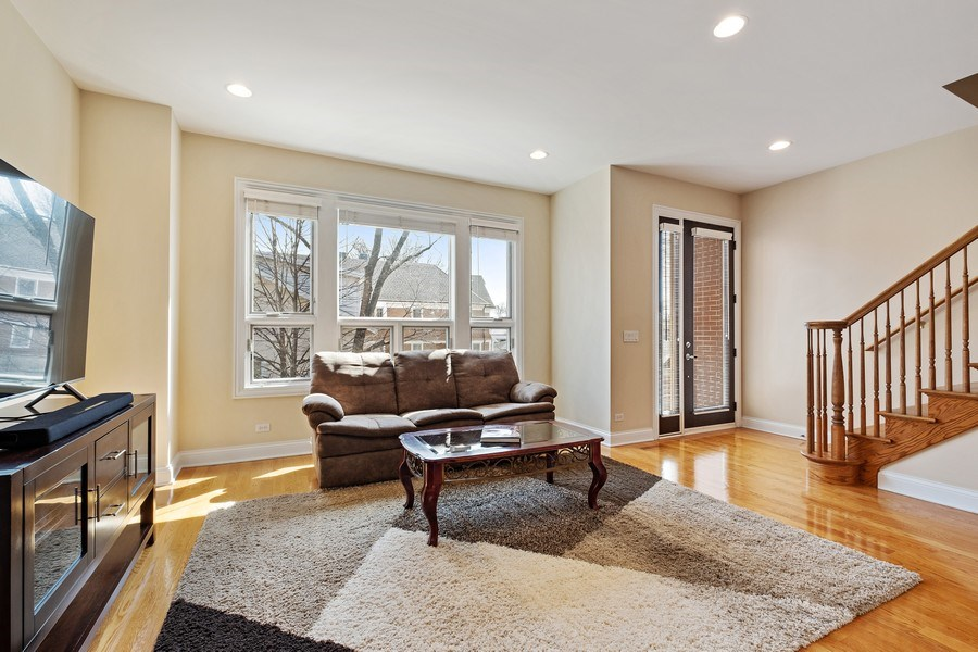 Real Estate Photography - 1771 Dewes, E, Glenview, IL, 60025 - Living Room