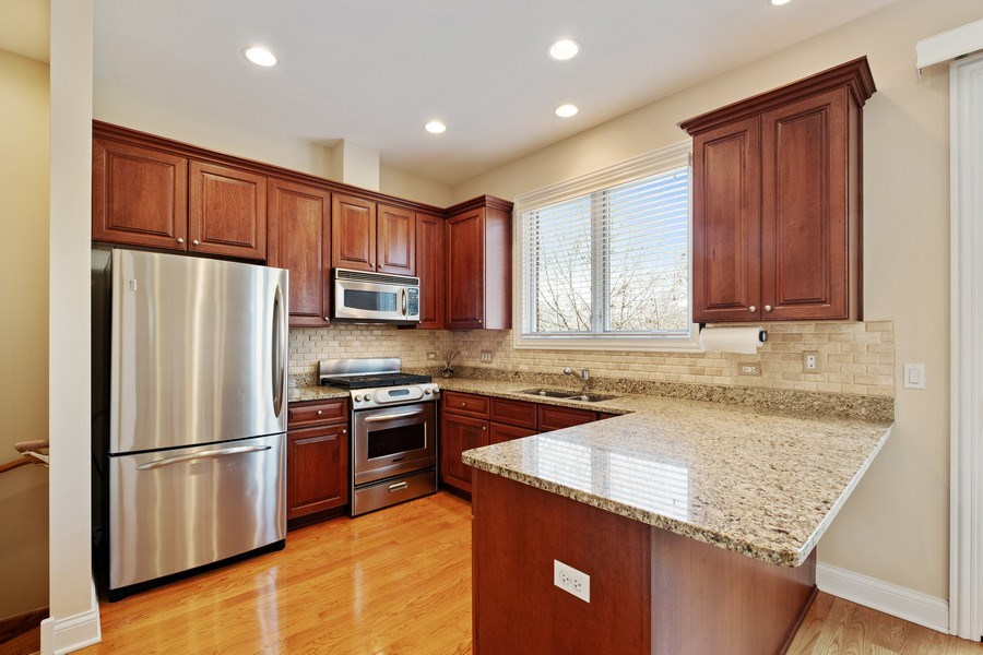 Real Estate Photography - 1771 Dewes, E, Glenview, IL, 60025 - Kitchen