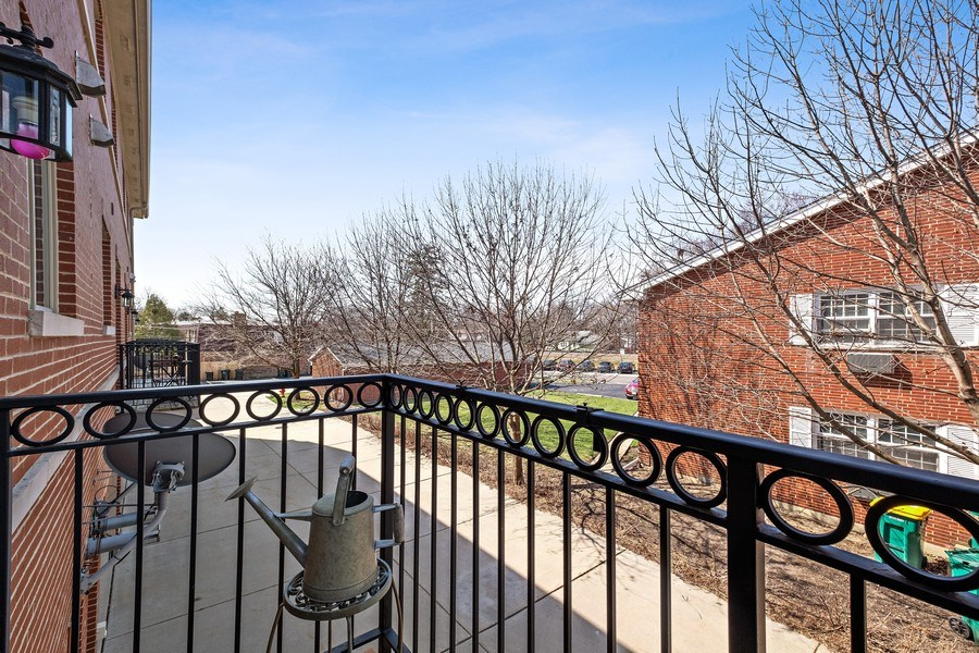 Real Estate Photography - 1771 Dewes, E, Glenview, IL, 60025 - Balcony