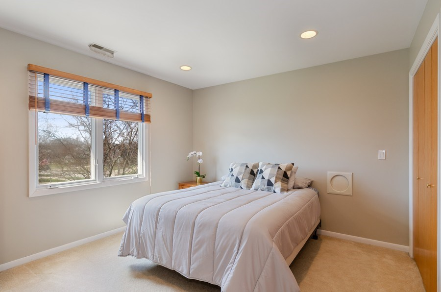 Real Estate Photography - 2026 Sheridan Ct, Buffalo Grove, IL, 60089 - 3rd Bedroom
