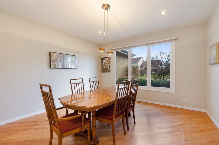 Real Estate Photography - 2026 Sheridan Ct, Buffalo Grove, IL, 60089 - Dining Room