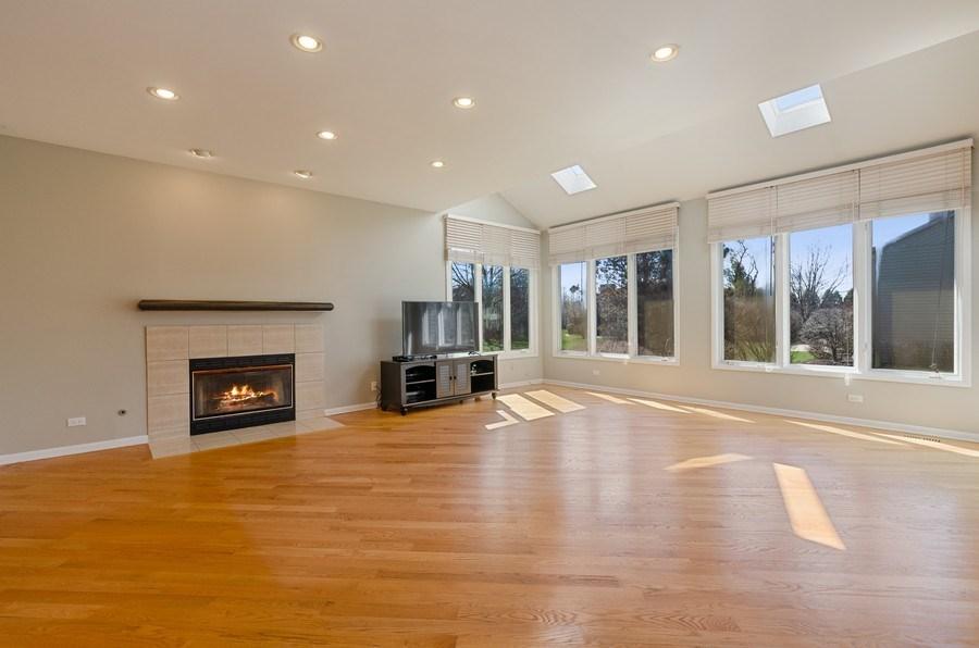 Real Estate Photography - 2026 Sheridan Ct, Buffalo Grove, IL, 60089 - Family Room