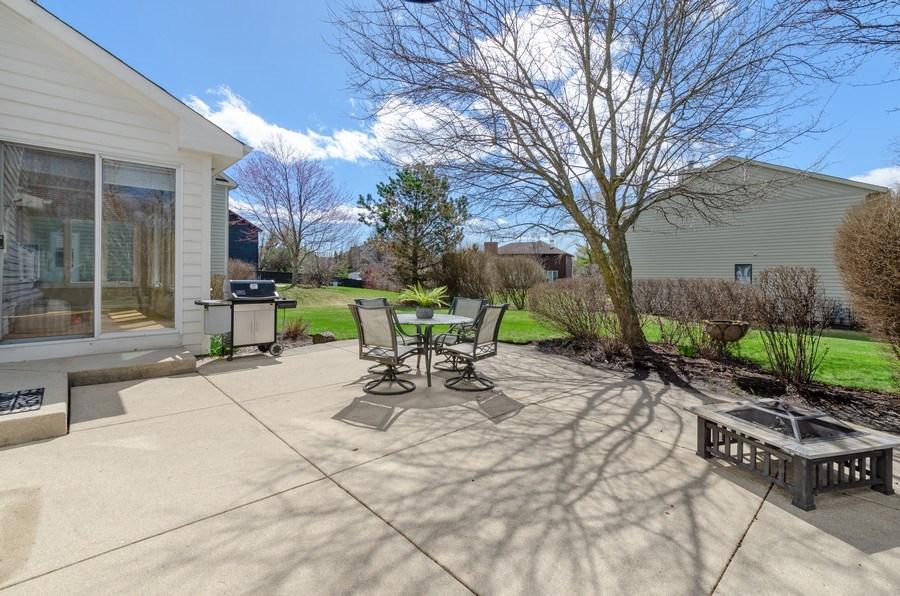 Real Estate Photography - 2026 Sheridan Ct, Buffalo Grove, IL, 60089 - Patio