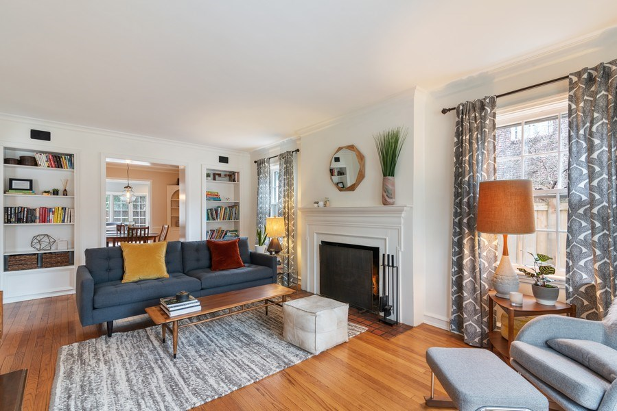 Real Estate Photography - 3044 Harrison St, Evanston, IL, 60201 - Living Room