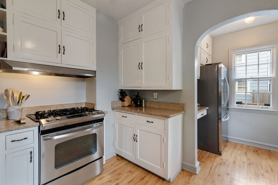 Real Estate Photography - 3044 Harrison St, Evanston, IL, 60201 - Kitchen