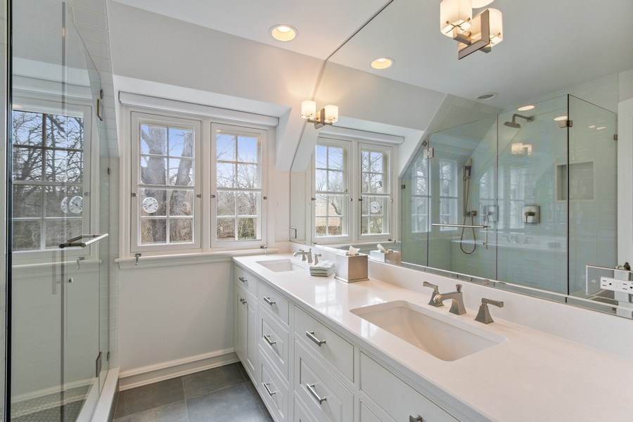 Real Estate Photography - 221 Glenwood, Lake Forest, IL, 60045 - Master Bathroom