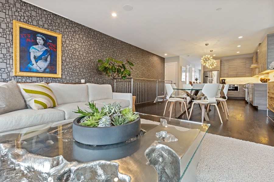 Real Estate Photography - 842 N Campbell Ave, Unit 1S, Chicago, IL, 60622 - Family Room