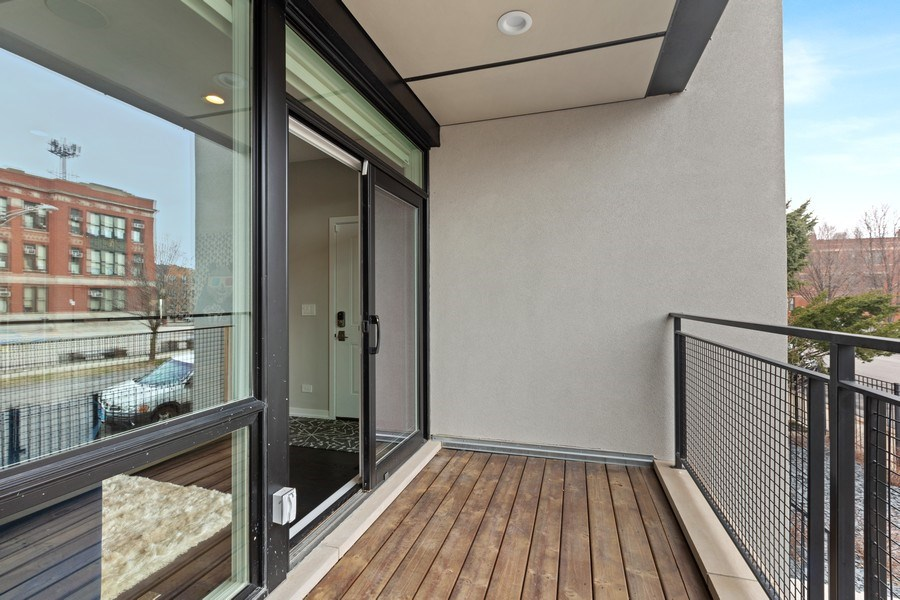 Real Estate Photography - 842 N Campbell Ave, Unit 1S, Chicago, IL, 60622 - Balcony