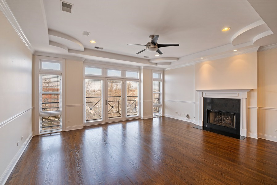 Real Estate Photography - 3333 N Seminary, Unit 3, Chicago, IL, 60657 - Living Room
