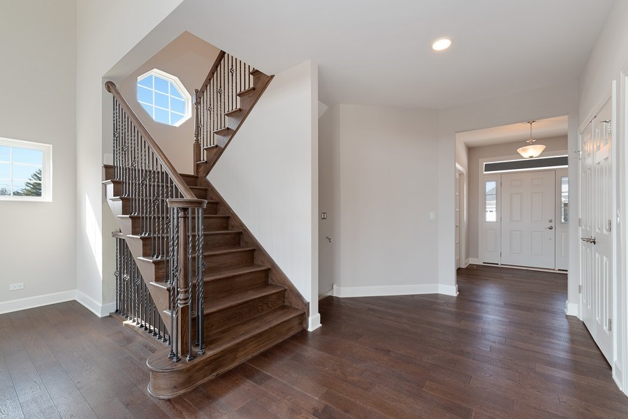 Real Estate Photography - 4135 N Hampton, Glenview, IL, 60025 - Staircase