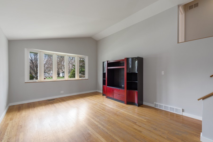 Real Estate Photography - 1727 N Windsor Drive, Arlington Heights, IL, 60004 - Living Room
