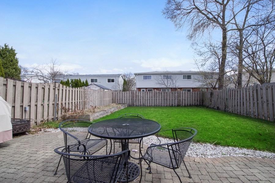 Real Estate Photography - 1727 N Windsor Drive, Arlington Heights, IL, 60004 - Back Yard