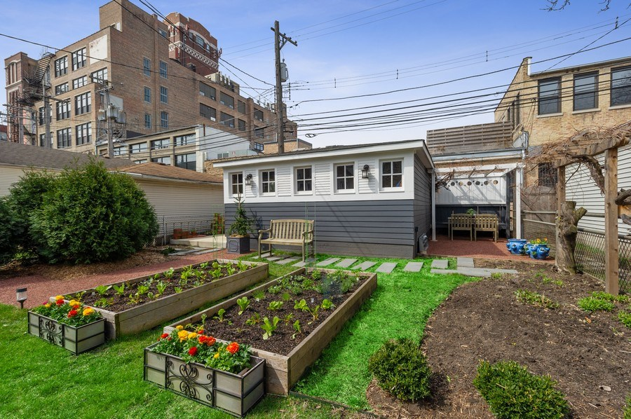 Real Estate Photography - 4020 N Hermitage Ave, Chicago, IL, 60613 - Garage / Raised Planters
