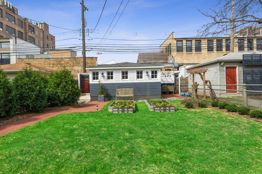 Real Estate Photography - 4020 N Hermitage Ave, Chicago, IL, 60613 - Garage
