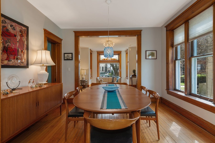 Real Estate Photography - 4020 N Hermitage Ave, Chicago, IL, 60613 - Dining Room