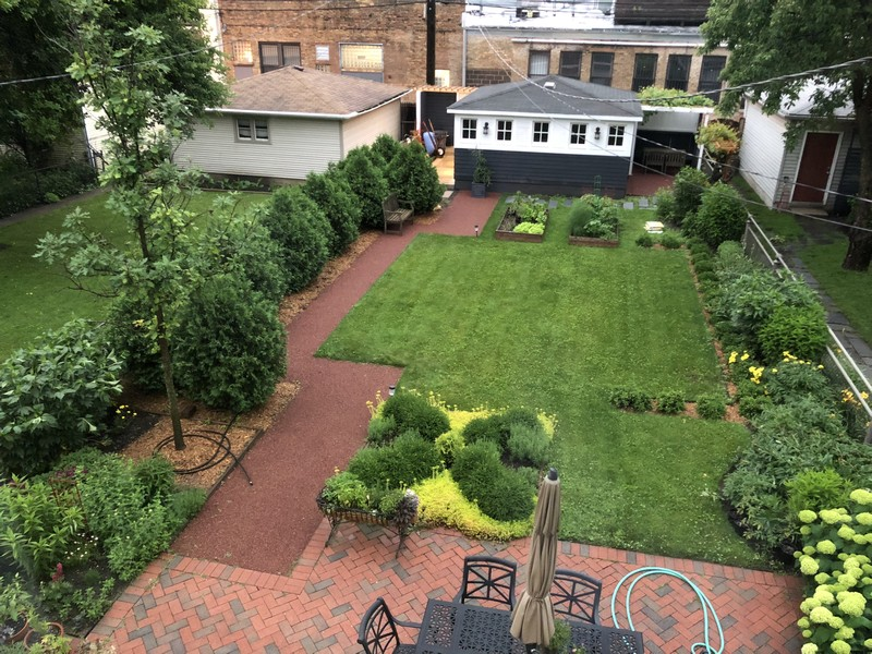 Real Estate Photography - 4020 N Hermitage Ave, Chicago, IL, 60613 - Backyard