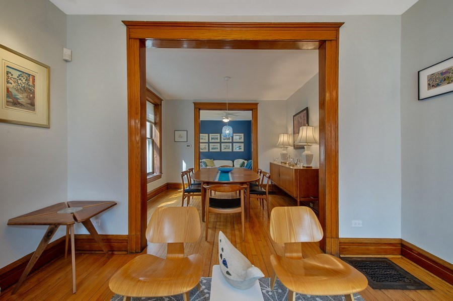 Real Estate Photography - 4020 N Hermitage Ave, Chicago, IL, 60613 - Living Room / Dining Room