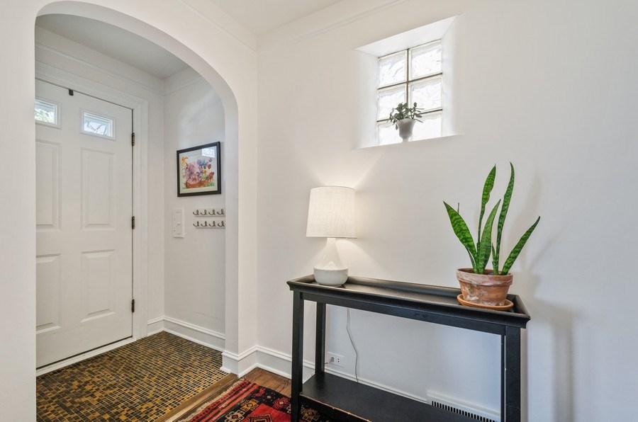 Real Estate Photography - 7555 W Isham, Chicago, IL, 60631 - Foyer