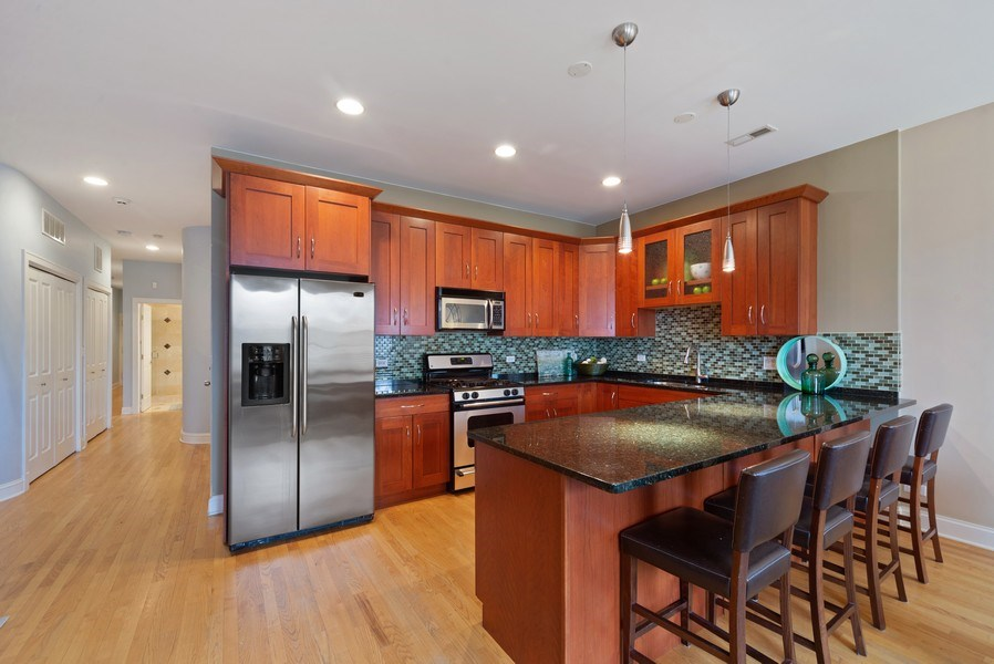 Real Estate Photography - 2115 W. Chicago, 3, Chicago, IL, 60622 - Kitchen