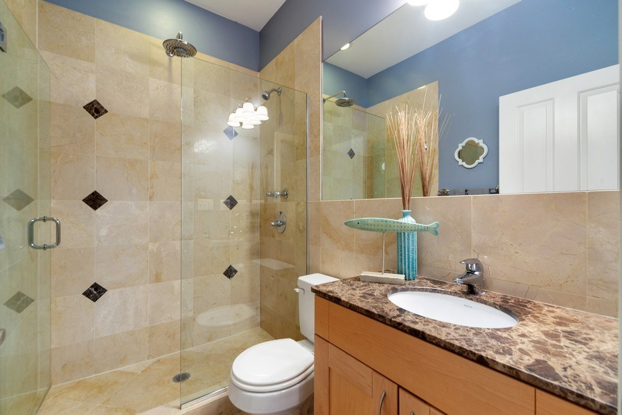 Real Estate Photography - 2115 W. Chicago, 3, Chicago, IL, 60622 - Bathroom