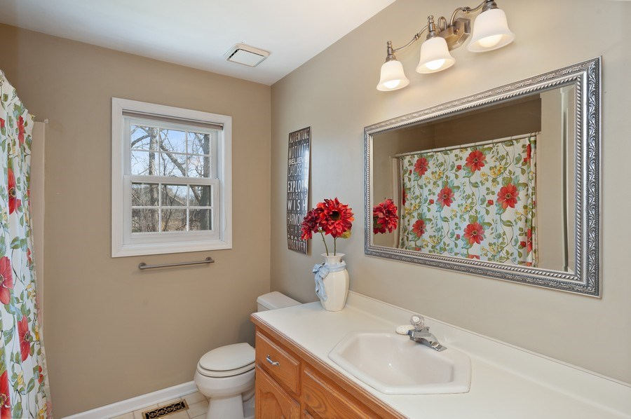 Real Estate Photography - 2535 Countryside Dr, Delavan, WI, 53115 - 2nd Bathroom