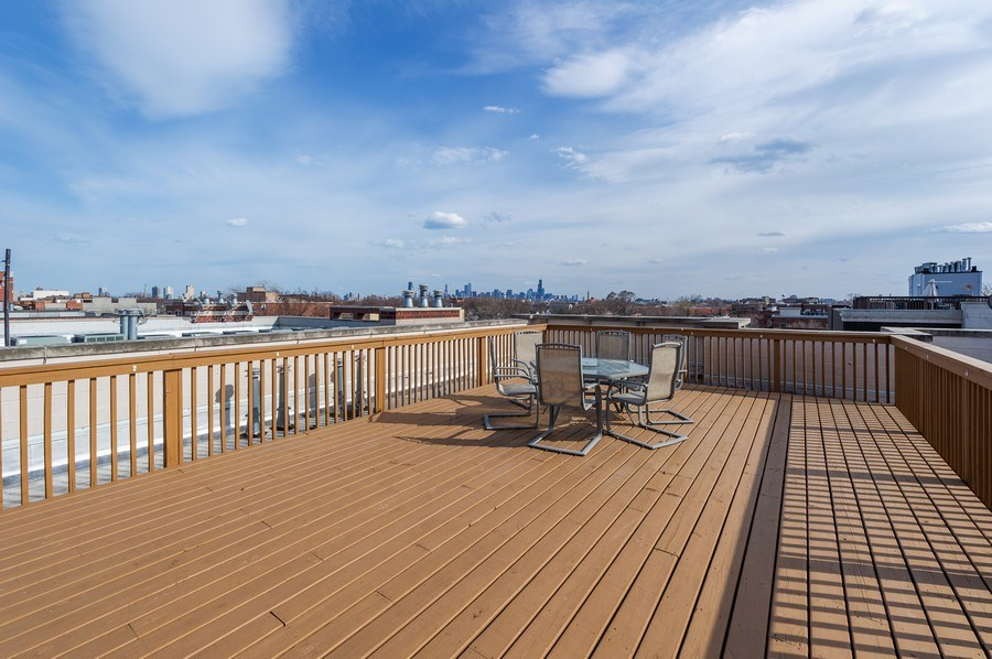 Real Estate Photography - 3203 N. Oakley, #301, Chicago, IL, 60618 - Roof Deck