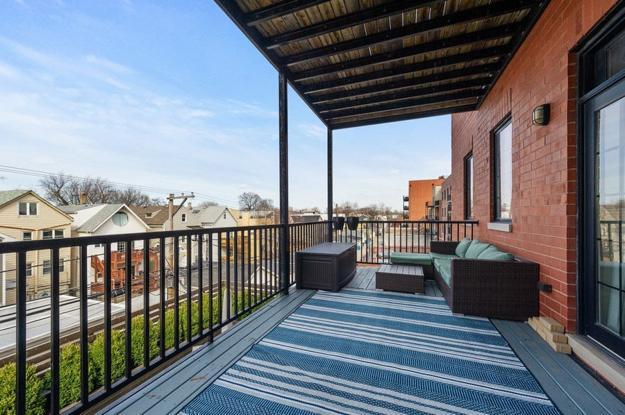 Real Estate Photography - 3203 N. Oakley, #301, Chicago, IL, 60618 -