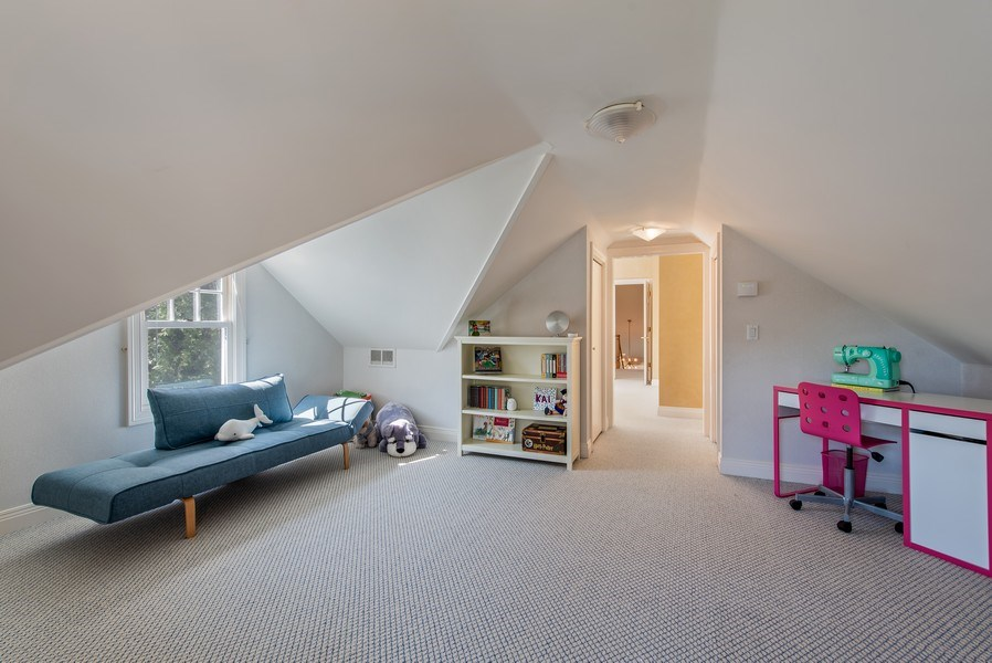 Real Estate Photography - 1443 Asbury Avenue, Winnetka, IL, 60093 - 4th Bed Tandem Place/Playroom