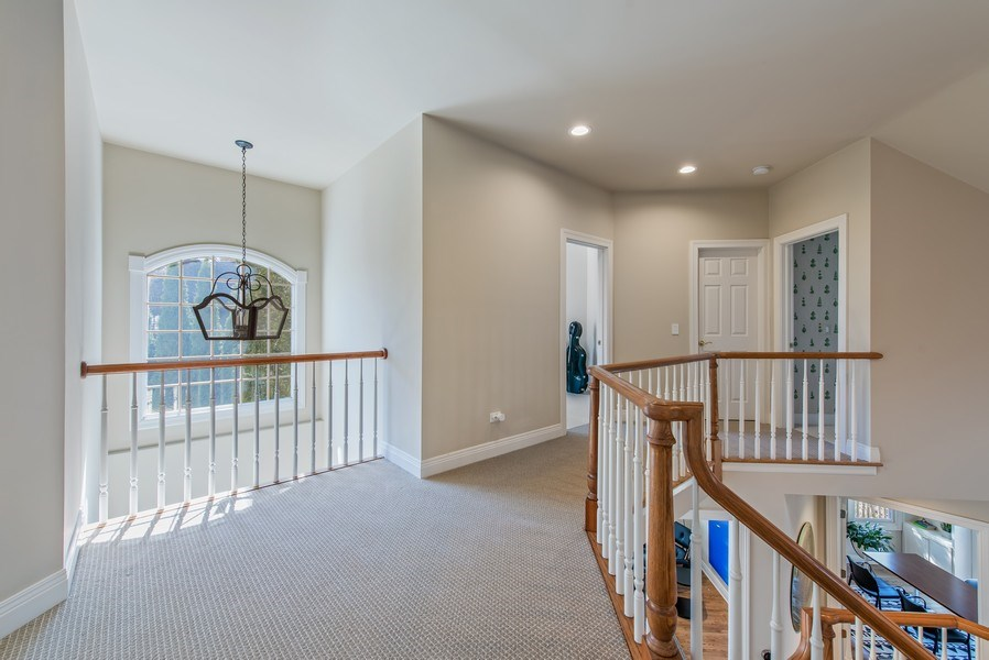 Real Estate Photography - 1443 Asbury Avenue, Winnetka, IL, 60093 - 2nd Floor Corridor
